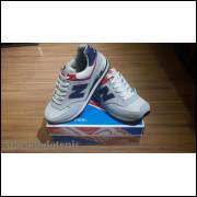 New Balance 574 Gelo/Marinho/Vermelho